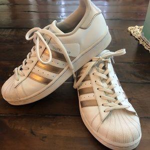 Adidas rose gold superstar
